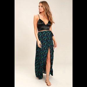 Lulu's Grand Wailea Wrap Skirt